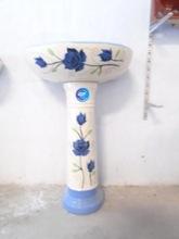 Designer Pedestal Washbasin