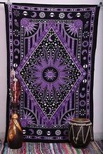 yoga met tapestry