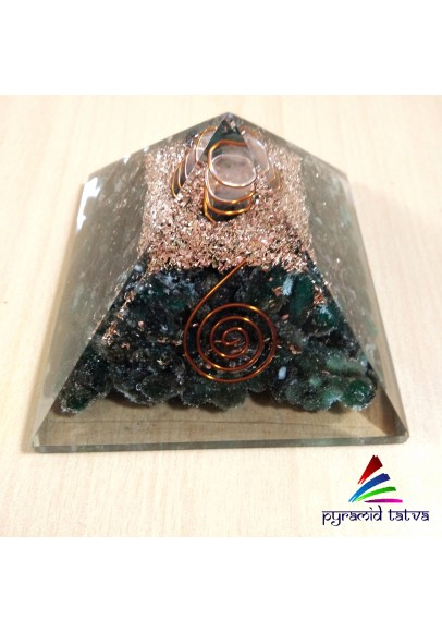 Green Aventurine Orgonite Pyramid (ptp-697)