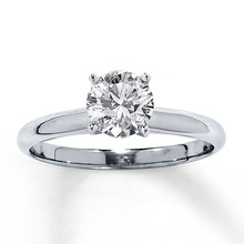 white gold ring with 1ct solitaire diamond