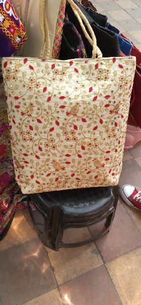 Embrodiery handbags (HBAG)