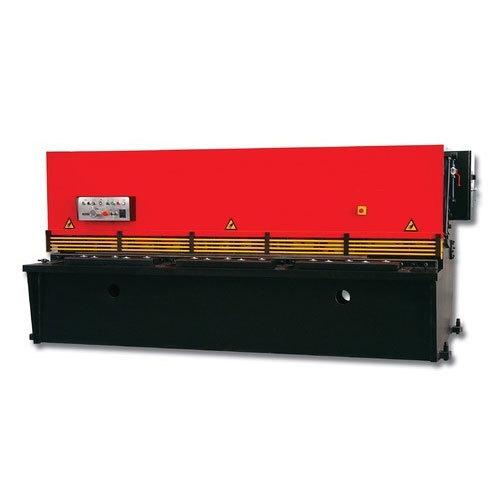 Conventional Hydraulic Shearing Machine