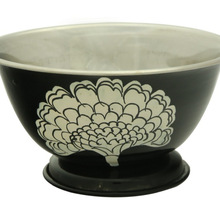 metal bowl decor