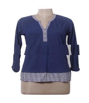 women blue solid v-neck top