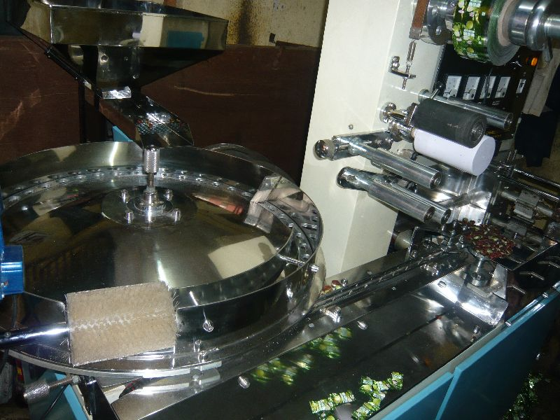 Candy Pillow Packing Machine