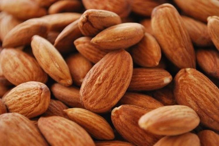 Almond (Almonds)