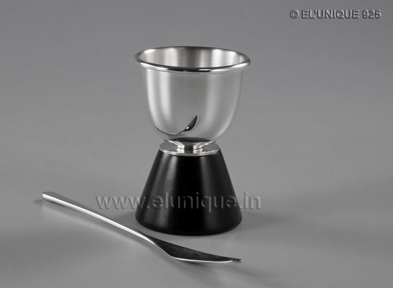 Sterling Silver Spirit Measure Cup. (EL BR 006)