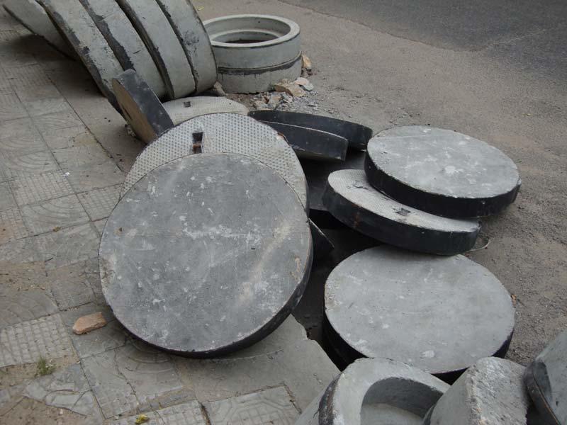 Concrete Manhole Cover