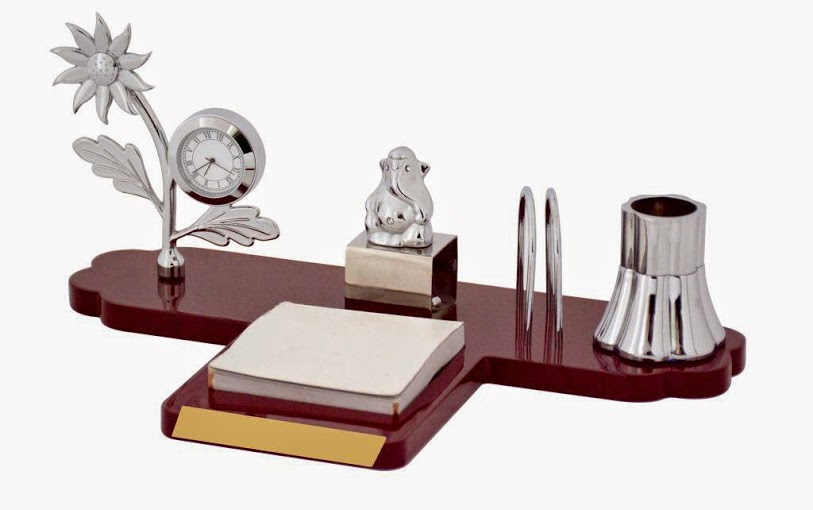 Corporate Gifts Items Manufacturer in Delhi India by Idea ...