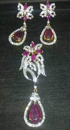 Ruby diamond pendant set manufacturer in central delhi delhi india ruby diamond pendant set aloadofball Image collections