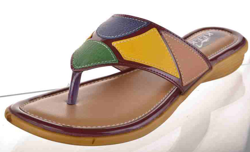 7067512162c2cb Multicolor Flat Ladies Slippers Manufacturer   Manufacturer from ...