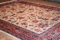 hand knotted oriental carpets