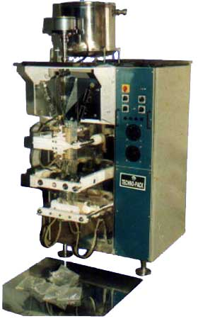 Liquid Packing Machine (TP 2000M) (Liquid Packing Machi)