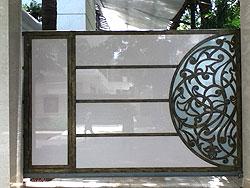 Contilever Gate