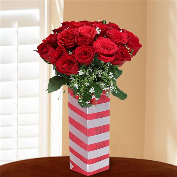 Red Roses Vase Manufacturer In Delhi Delhi India By Archies Limited
