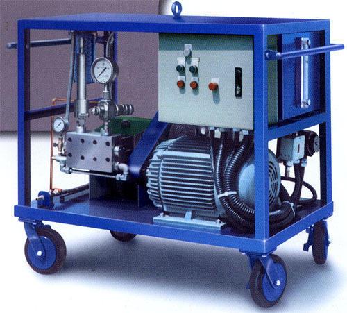 Ultra high pressure water jet machine