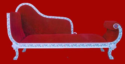 Wooden divan sofa manufacturer manufacturer from jaipur for Divan sofa india