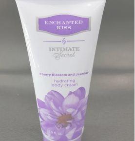Enchanted Kiss Hydrating Body Cream 192 ml