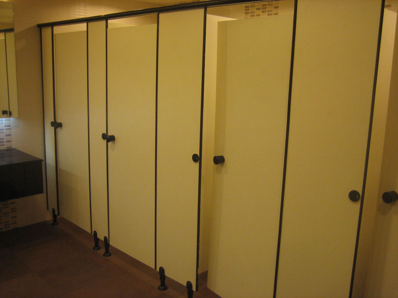 Buy Toilet Partition Systems From Design Space Office Systems India Id 435472