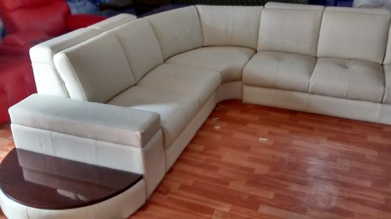 Sofas/ Recliners Genuine Italian Leather