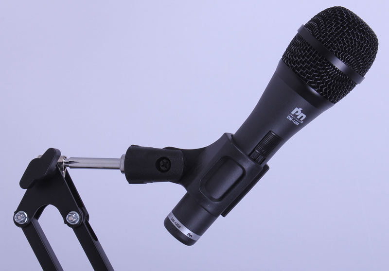 Wired Microphone (DM-1208)