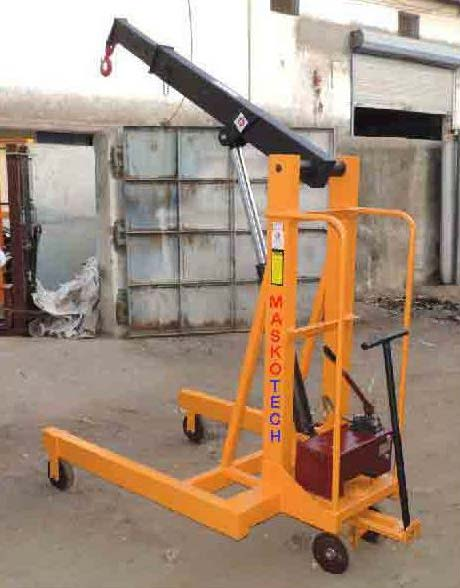 The Hydraulic Crane Is Used To Lift The 1400 : Buy manual hydraulic floor crane from masko tech engineers