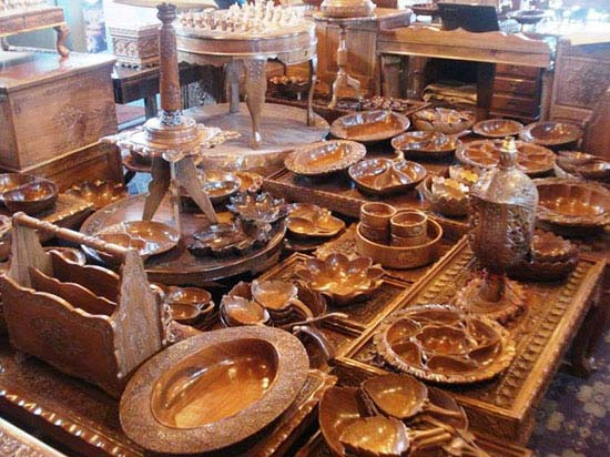 Buy Kashmiri Wooden Handicrafts From Global Valley Traders Pvt Ltd