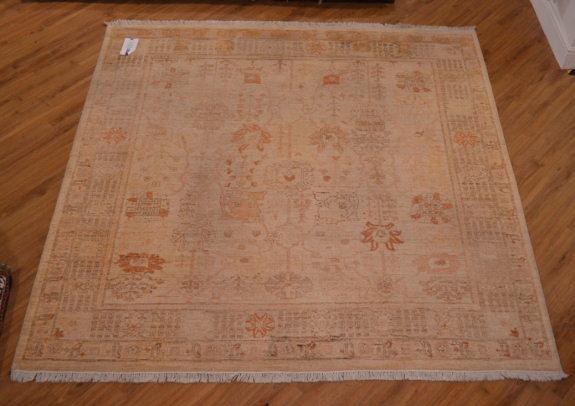 Second Hand Garous Carpet