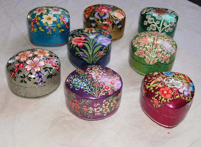Buy paper mache pin box from qasim and sons srinagar for Best paper for paper mache