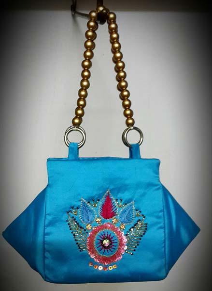 Las Silk Handbags