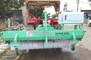 Hydraulic Road Sweeper With Bucket water spray