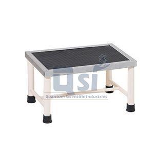 Foot Step Hospital Furniture