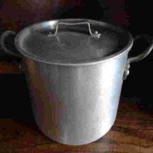 Large Aluminum Cooking Pot