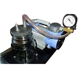 Diaphragm Vacuum Pump With Moisture Trap