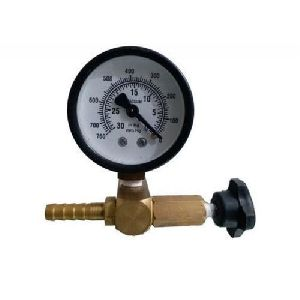 Vacuum Gauge With Brass Regulator Control