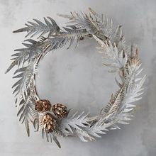Metal Wall Christmas Wreath Hanging