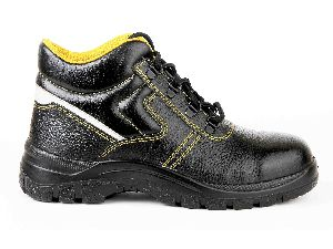 Ultima Young Safety Shoes