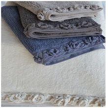 Applique Work Bath Mat