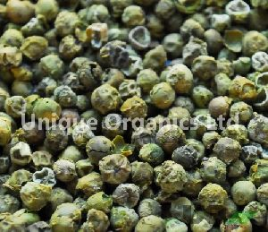 Dehydrated Green Peppercorns