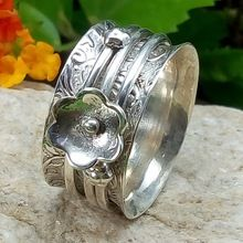 handmade wedding spinner ring