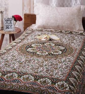 Cotton Single Bedsheet With Out Pillow Black Color Round Border Patti Handlook Print Bedsheet