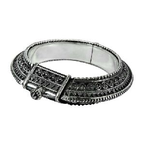 Daily Wear 925 Sterling Silver Traditional Bangle Jewellery