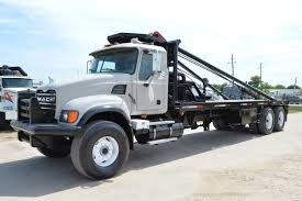 Used 2008 Mack Pole Truck