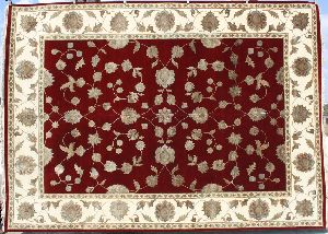 Hand knotted wool / silk carpets