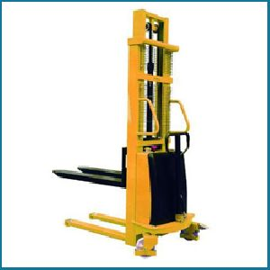 Hydraulic Electric Stackers