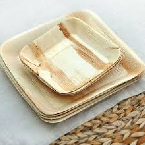 8 Inch Square Diaposable Arecanut Leaf Plates