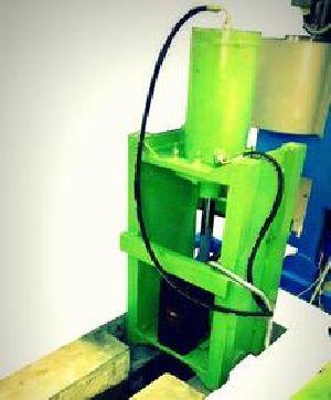 Squeeze Casting Machine