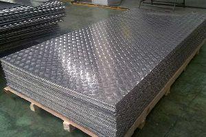 Compressed Alluminium Claded Checkered Flooring