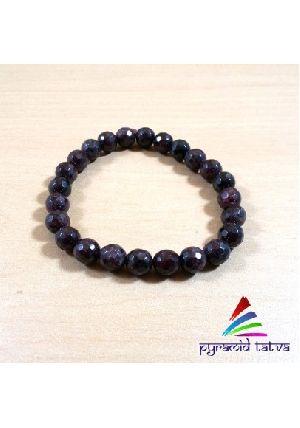 Garnet Diamond Cut Bead Bracelet