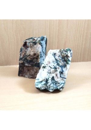 Moss Agate Raw